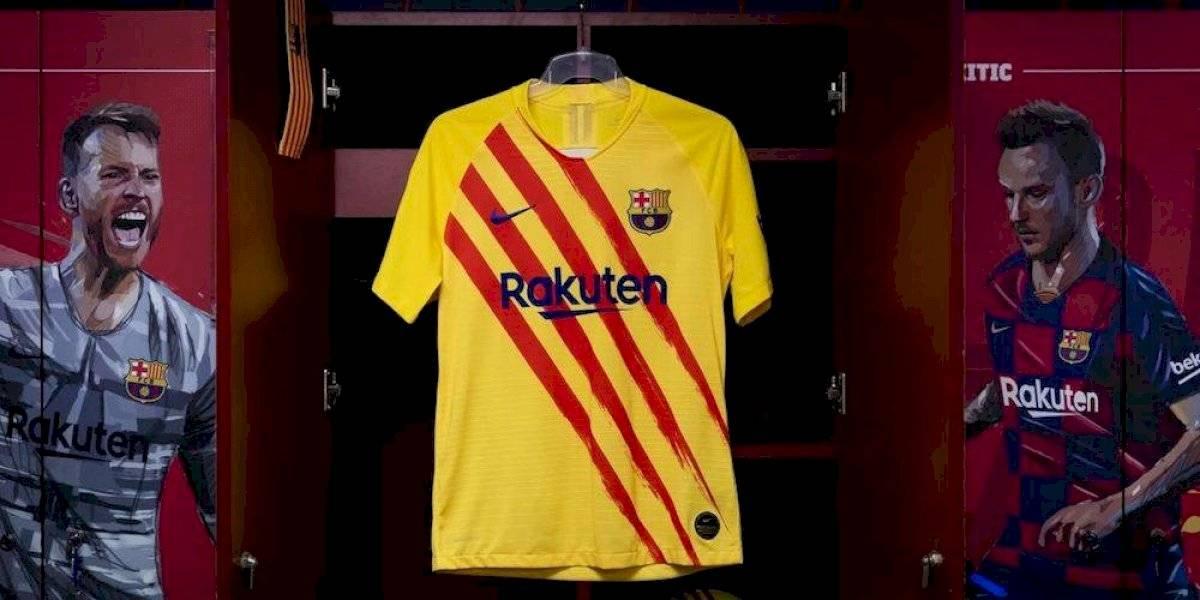Barcelona homenajea 'sus raíces' con su nuevo jersey