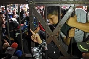 Motín en cárcel de Bolivia