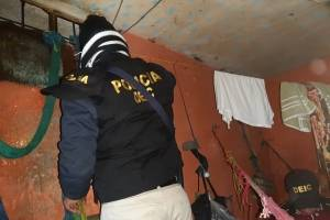 Autoridades realizan requisa en cárcel de Cantel.