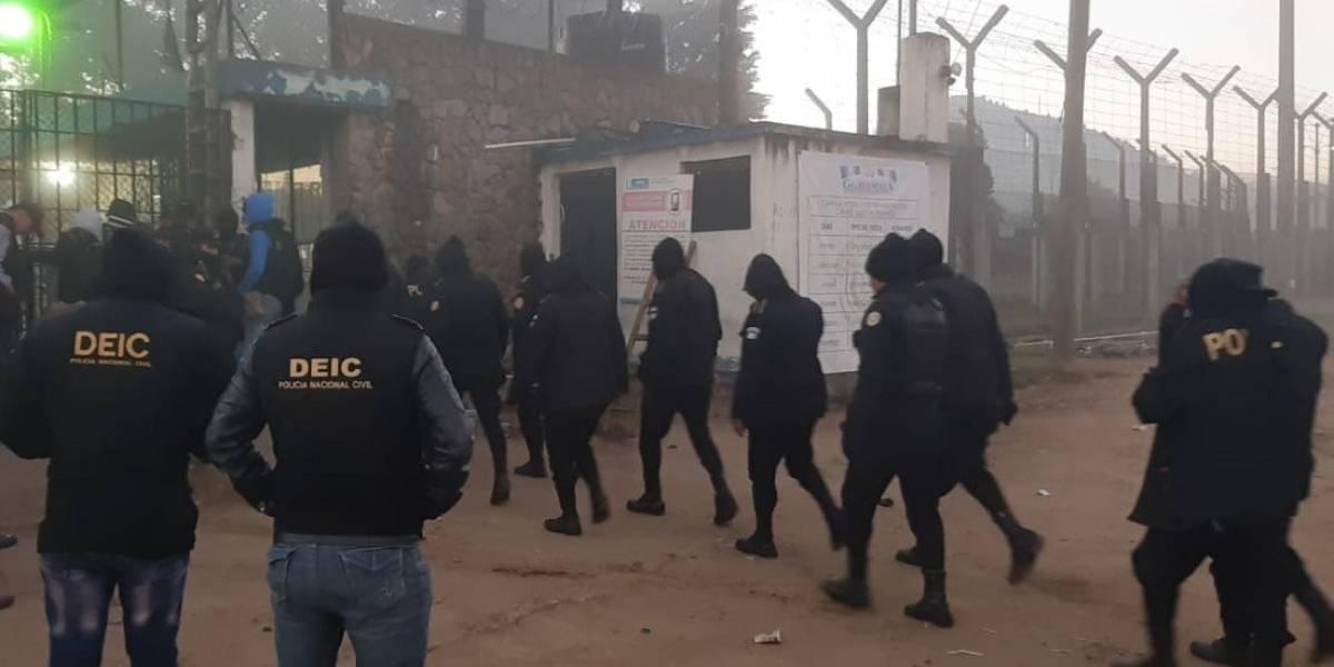 Autoridades localizan objetos ilícitos adentro de la cárcel de Cantel