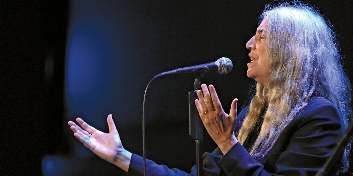 Atração principal do Popload, Patti Smith também faz lançamento de dois livros em São Paulo