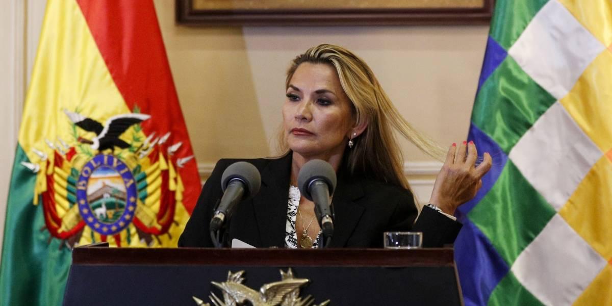 Áñez rechaza haber dado Golpe de Estado en su primer día al frente de Bolivia