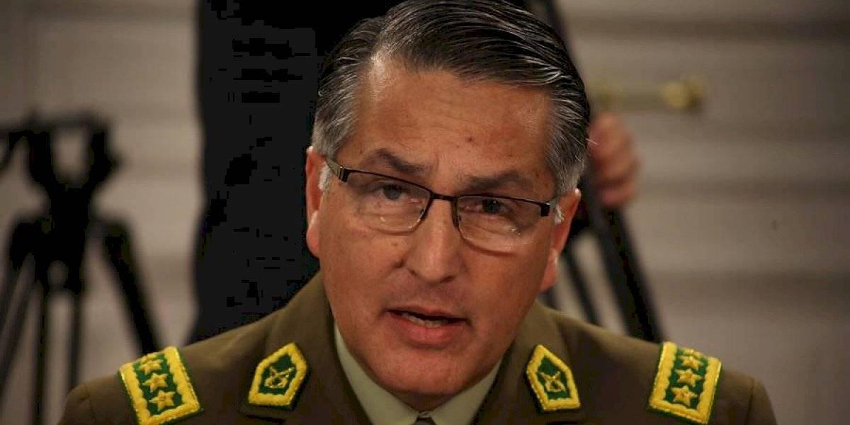 """Diputados opositores piden renuncia de general director de Carabineros por su responsabilidad en las """"graves y sistemáticas"""" violaciones a los DDHH"""