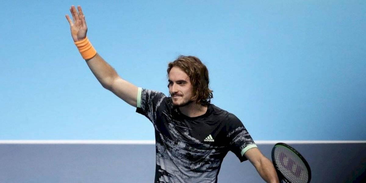 Stefanos Tsitsipas derrota a Alexander Zverev y clasifica a las semifinales del ATP Finals