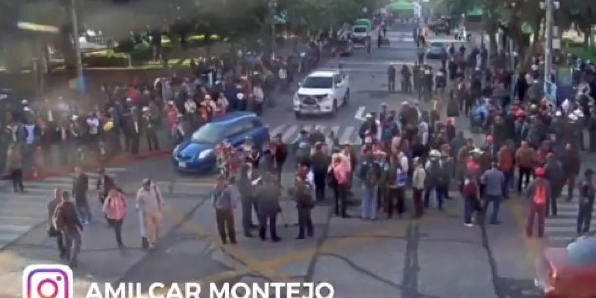Veteranos del Ejército manifiestan en el Centro Histórico