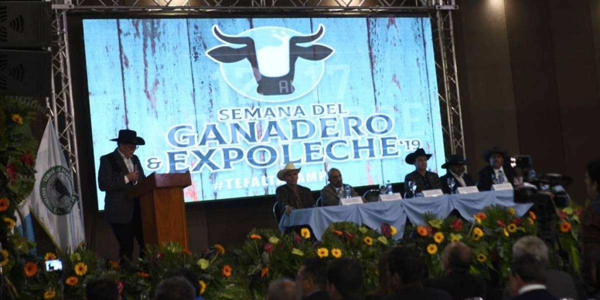 Ministro de Agricultura anuncia nuevo viceministerio a los ganaderos