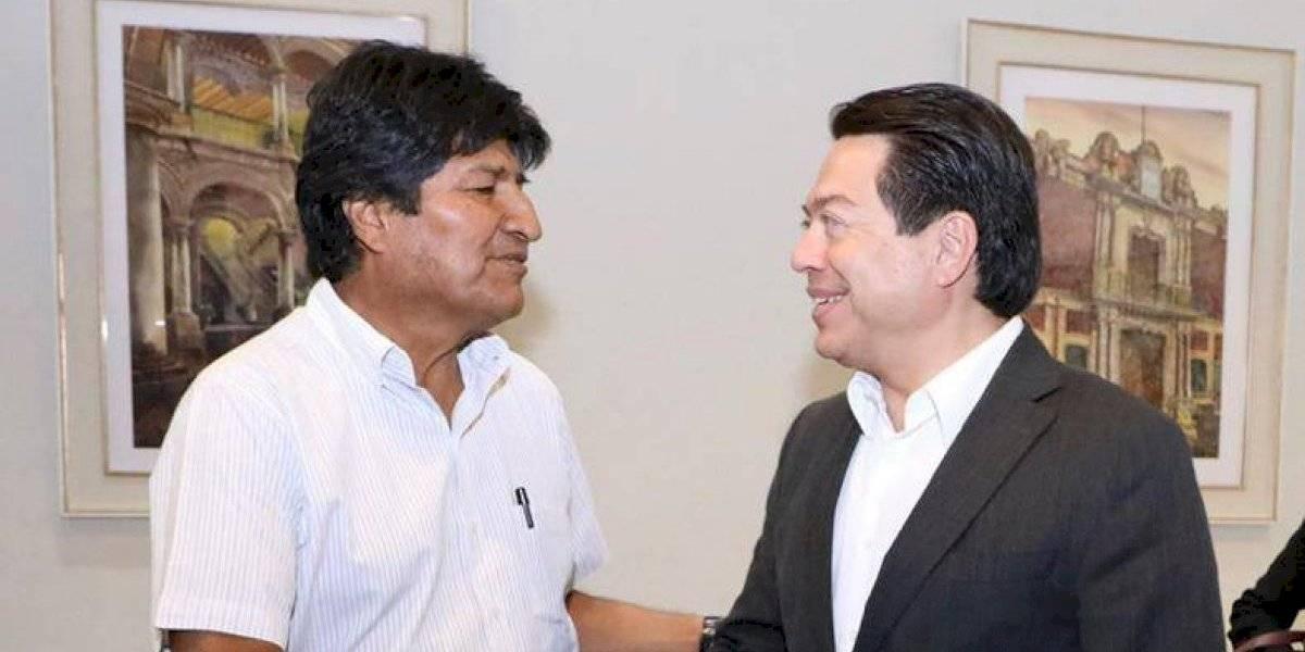 Mario Delgado da la bienvenida a Evo Morales a México