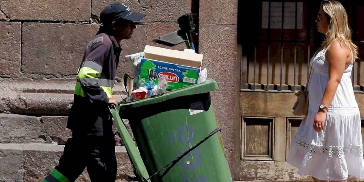 """""""No puedo creer que en pleno 2019 se tenga que exigir DERECHO A BAÑO"""": la demanda de los recolectores de basura en paro que recibe el apoyo de las redes sociales"""