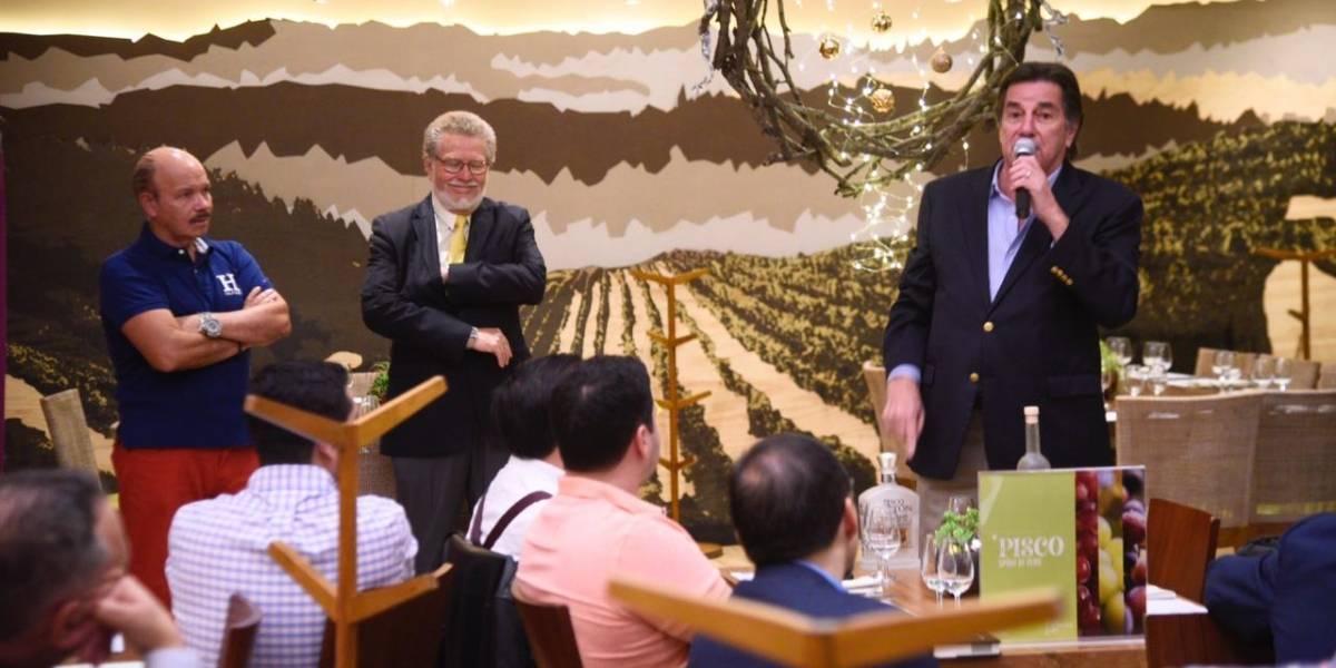 Se realiza cata magistral de pisco por reconocido master distiller Johnny Schuler