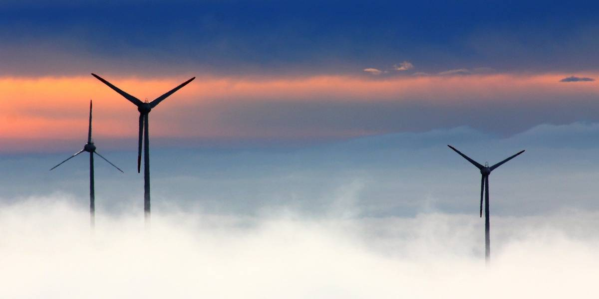 Zona radiactiva de Fukushima será un centro de energía renovable