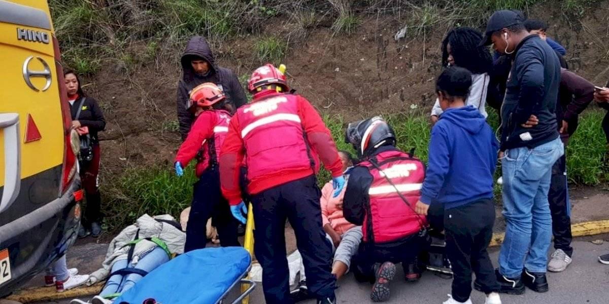 Cinco personas heridas en accidente de tránsito, Pifo, Quito