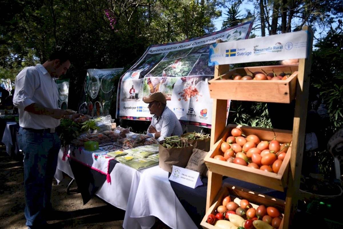 Exposición de agricultores familiares Herlindo Zet, Emisoras Unidas 89.7