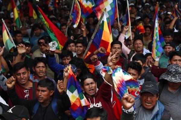 Parte de la oposición a Morales nació de su rechazo a aceptar el resultado que un referendo que le habría prohibido presentarse a la reelección.
