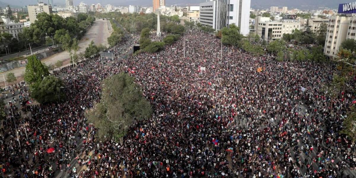 TRIUNFO DEL PUEBLO: En plebiscito Chile decidirá camino a una nueva Constitución