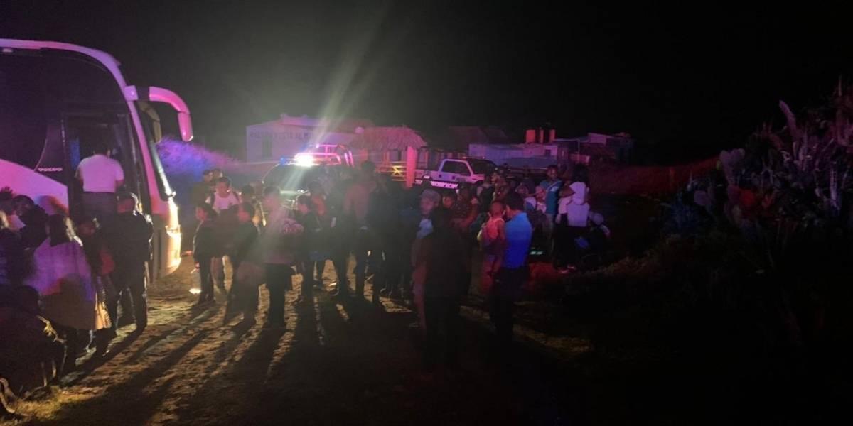 Autoridades de Veracruz rescatan autobús secuestrado en Alvarado