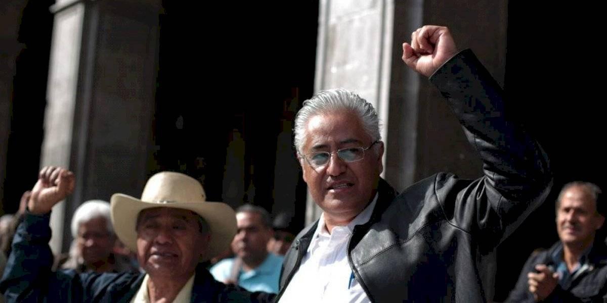 Rescatan al ex rector Alejandro Vera y a su esposa con vida