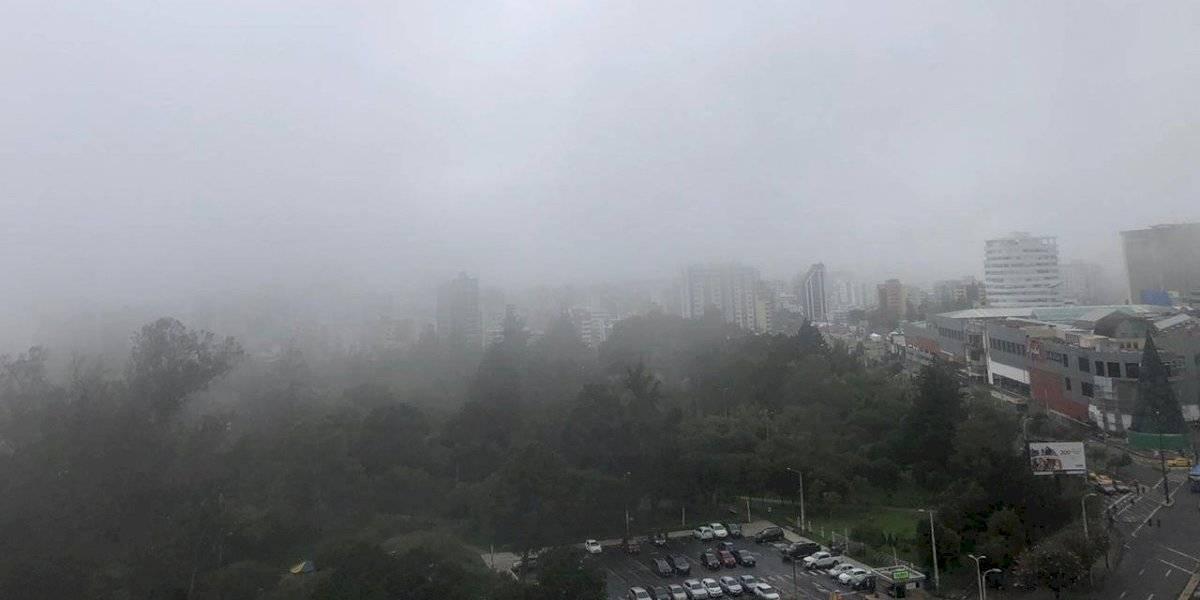 Lluvias y neblina se mantendrán en Quito durante este viernes