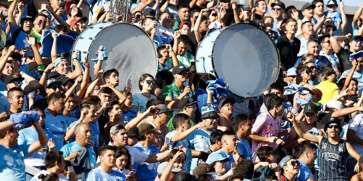 Los futbolistas dialogarán con las barras para que no intenten boicotear el regreso del fútbol chileno