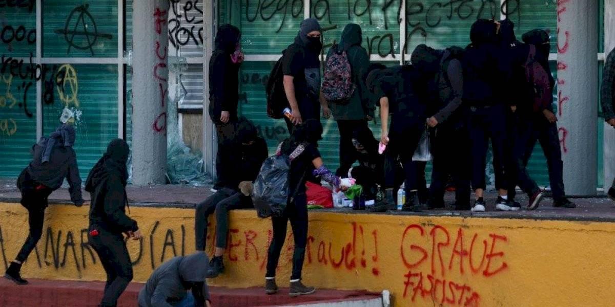 Investigan robo y daño a la propiedad luego de hechos violentos en la UNAM