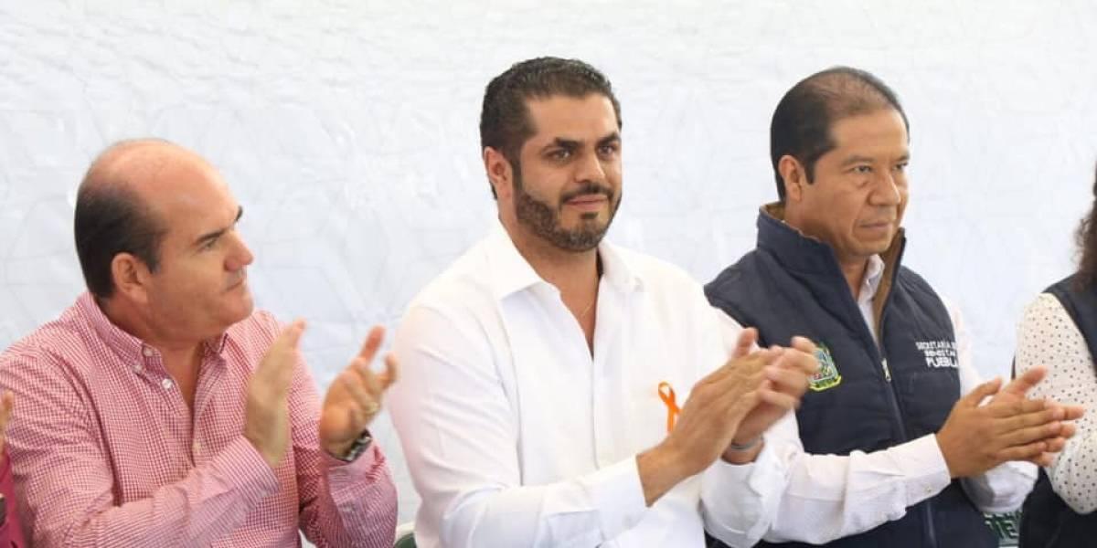 Detienen a presidente municipal de Tehuacán un día antes de su boda