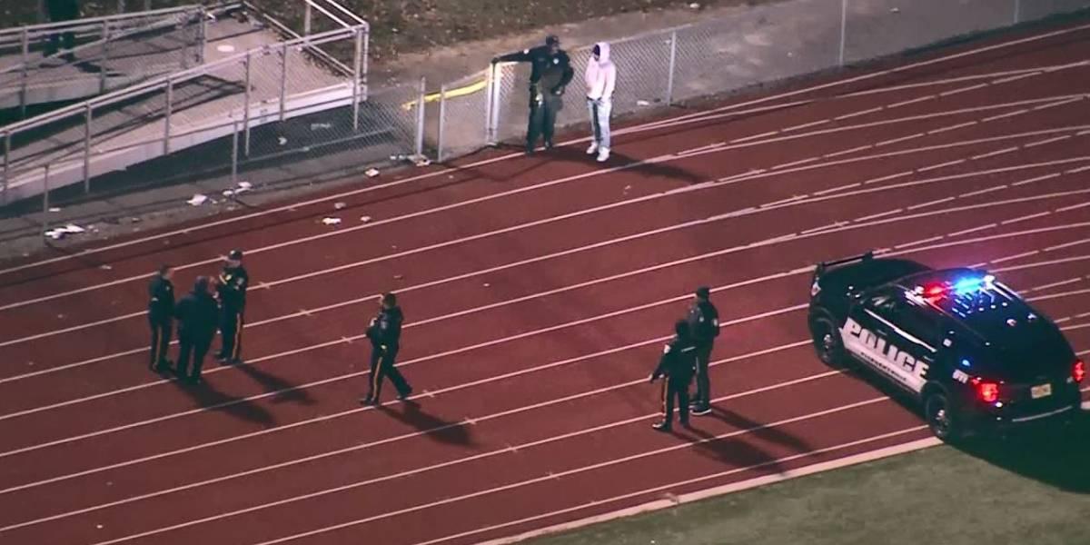 Un niño en estado crítico, tras tiroteo en juego de futbol americano