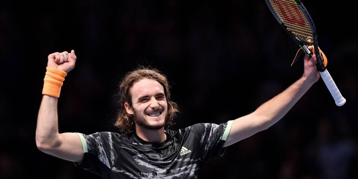 """Tsitsipas derrota a Federer y """"cumple su sueño"""" al llegar a la final del torneo de maestros"""