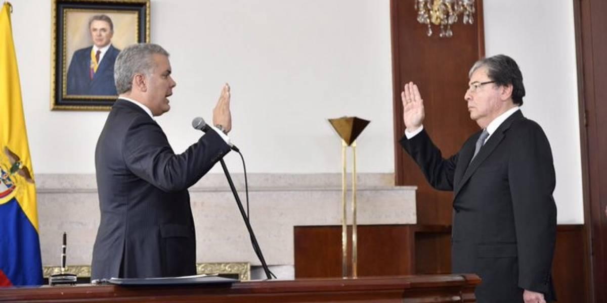 Carlos Holmes Trujillo tomó posesión como Ministro de Defensa