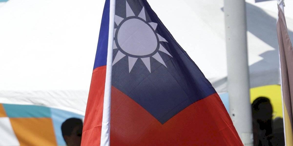 China desafía a Taiwán: una flota de portaaviones del gigante asiático pasa cerca de la isla autónoma