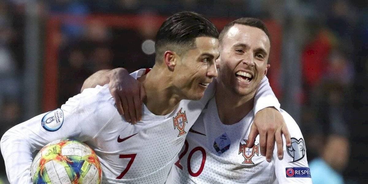 Portugal gana y clasifica a la Euro; Cristiano, a uno de los 100 goles