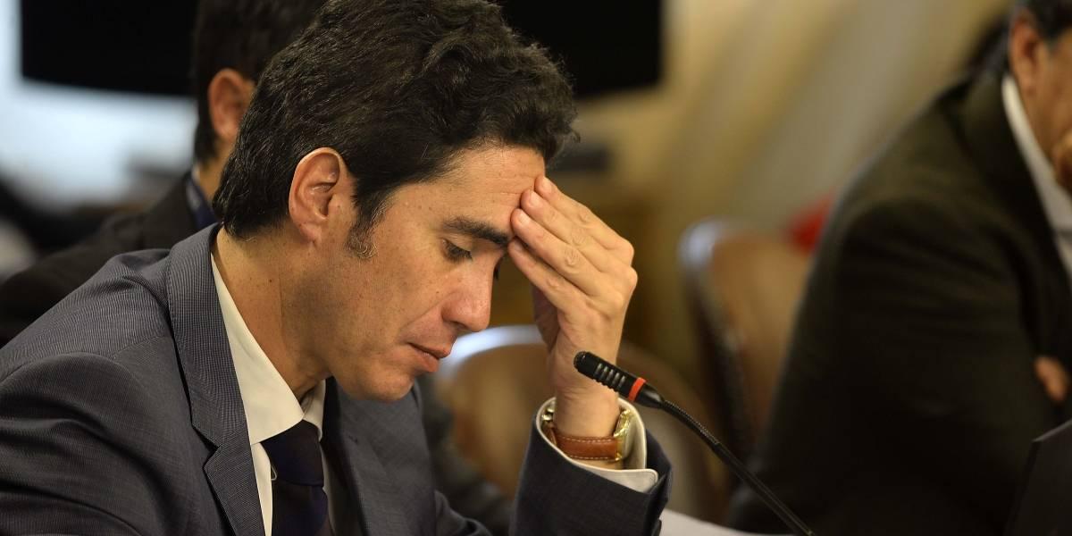 """Tras ser aprobado por los diputados: Ministro Briones aclara que """"no es factible"""" aumentar en 50% las pensiones solidarias"""