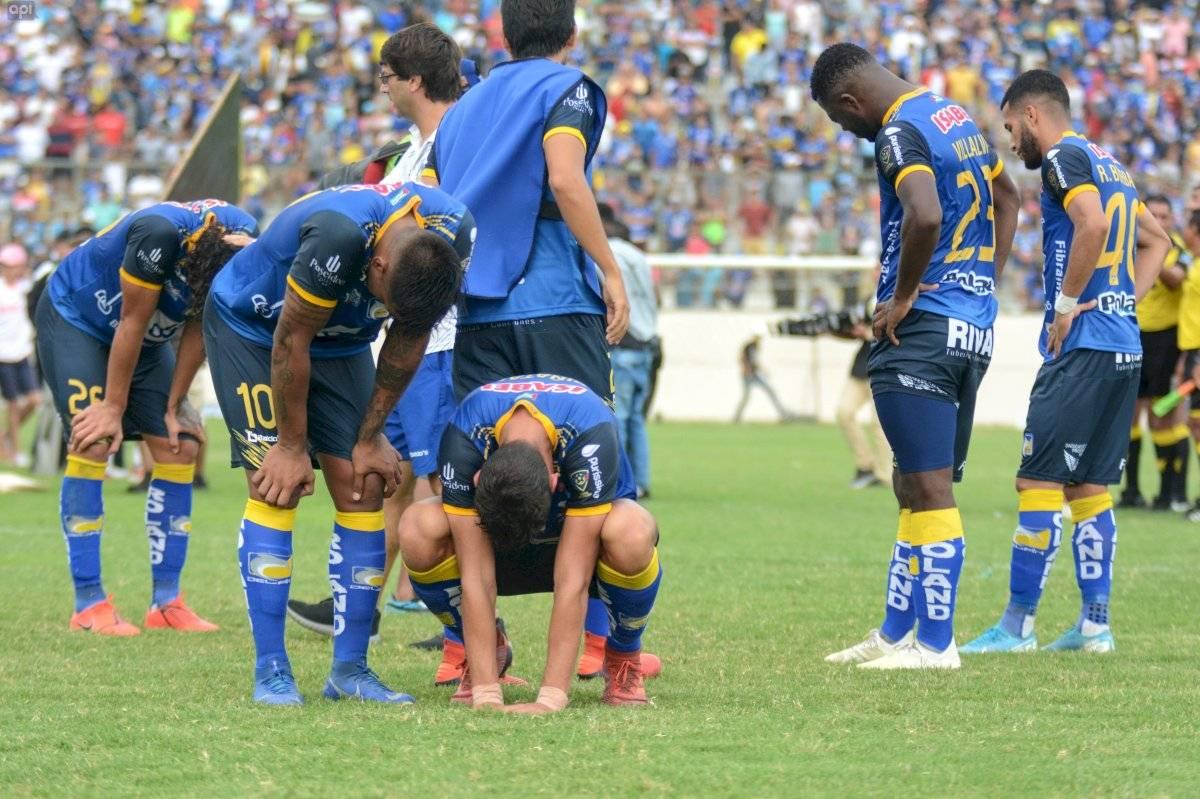 Copa Ecuador: Jugadores de Delfín rechazaron la calle de honor de Liga de Quito API