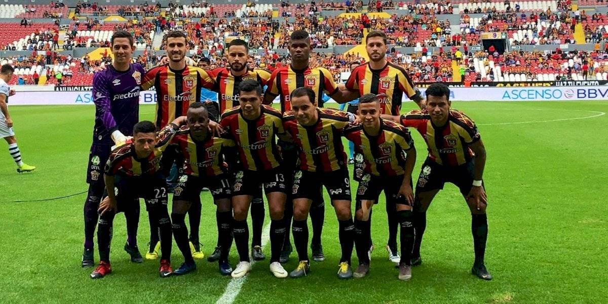 Leones Negros pide transferencia en el futbol mexicano