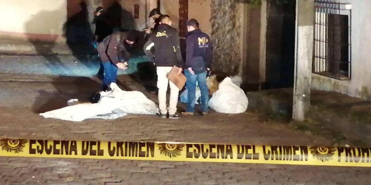 Terrorífico hallazgo de cinco cuerpos encostalados y cubiertos con cal