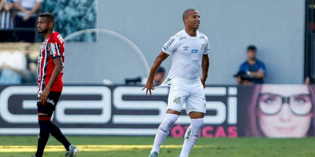 El Santos de Sampaoli consiguió boletos para la Libertadores 2020 con Bolsonaro en las tribunas