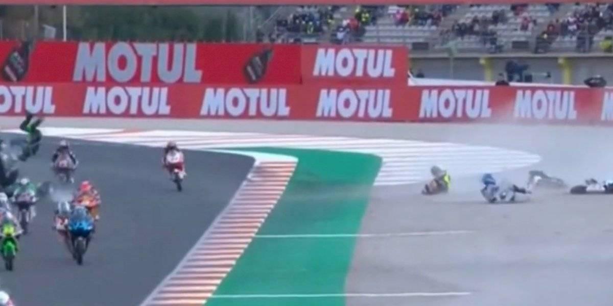 VIDEO: Impactante accidente se vivió en el GP de Valencia de Moto 3