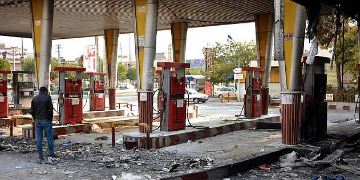 Régimen iraní bloquea acceso a internet para frenar protestas por subida del precio de combustible