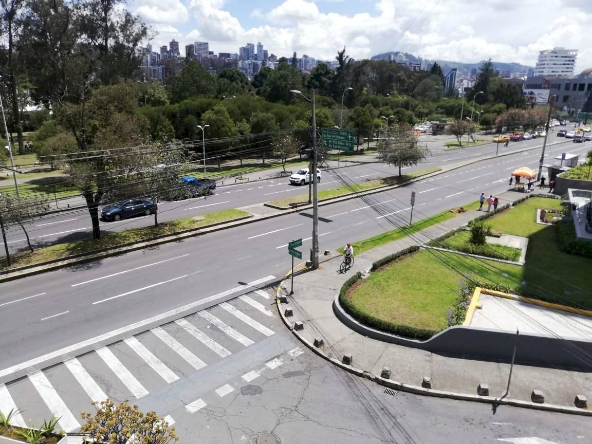 Ciclistas sorprendidos por cancelación del ciclopaseo en Quito este 17 de noviembre
