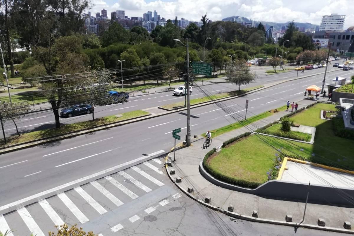 Ciclistas sorprendidos por cancelación del ciclopaseo en Quito este 17 de noviembre - Metro Ecuador