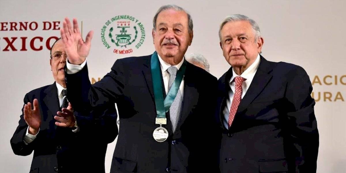 Entrega AMLO Premio Nacional de Ingeniería a Carlos Slim