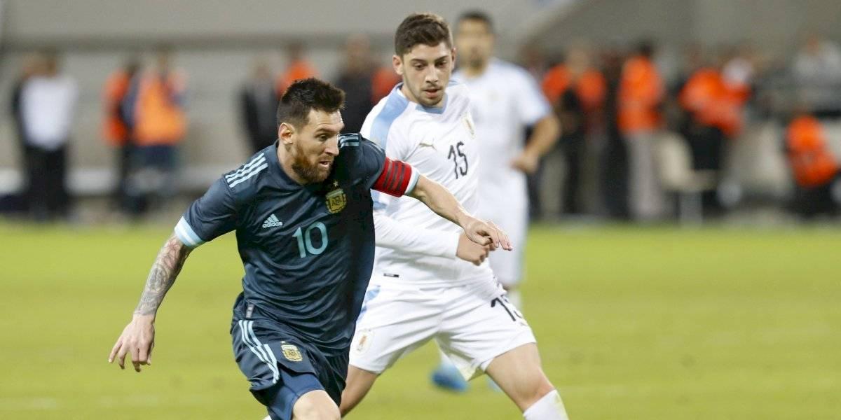 Argentina le empató a Uruguay en el último segundo gracias a un penal de Lionel Messi