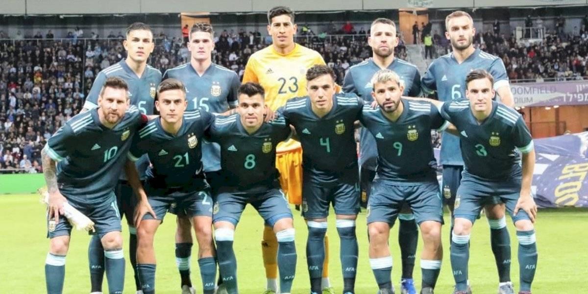 Messi rescata empate de Argentina ante Uruguay