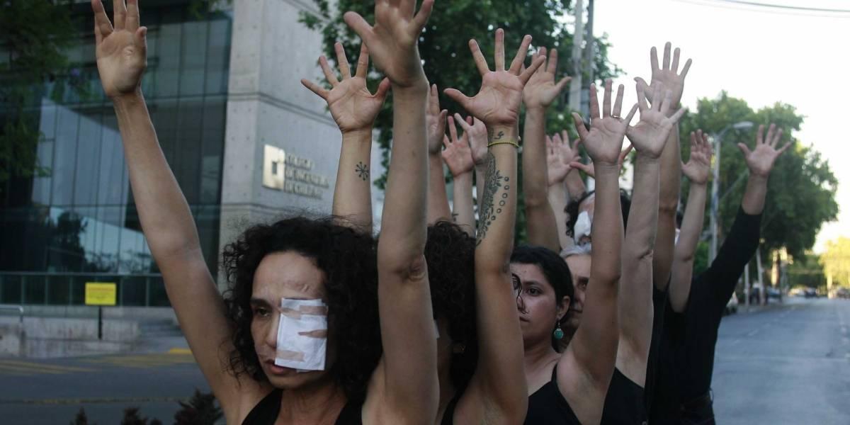 Ministro Mañalich entrega cifras sobre lesiones oculares: Sociedad Chilena de Oftalmología registra 54 casos más que las del ministerio