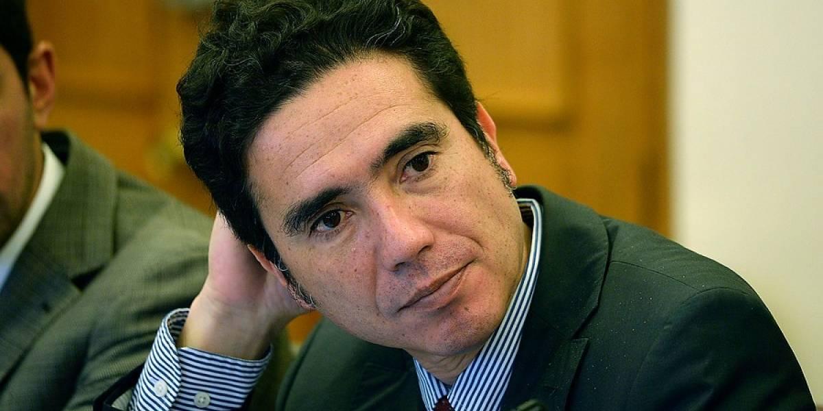 """Ministro Briones y su férreo control del gasto: """"No es posible subir las pensiones básicas en 50% de una"""""""