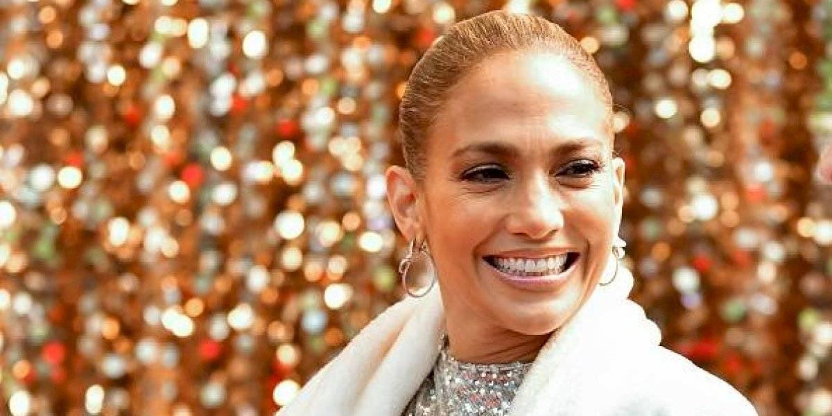 ¡Ahora si se le vio! Esposo de Jennifer Lopez le alzó el vestido y dejó ver todo