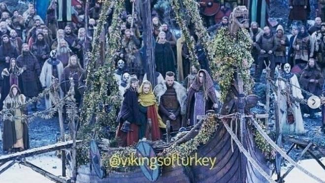 funeral de Lagertha, Vikingos Internet