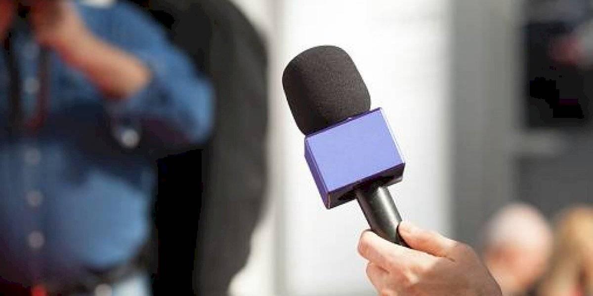 Rector de la PUCE tilda de inquisidores a los periodistas