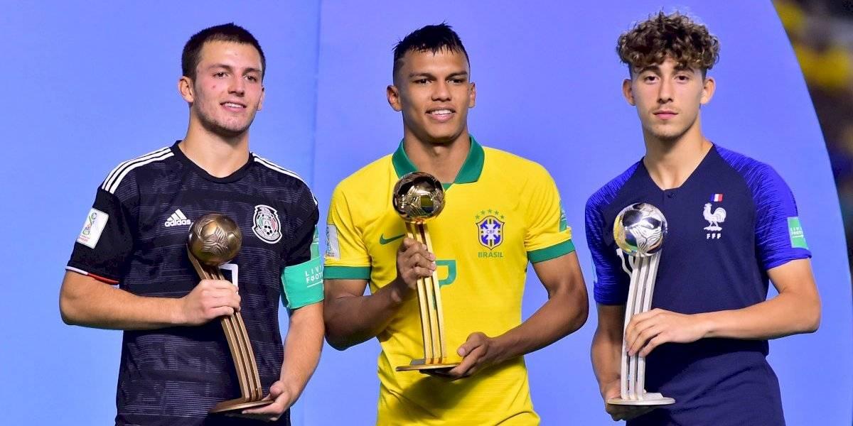 Tres mexicanos en XI ideal del Mundial