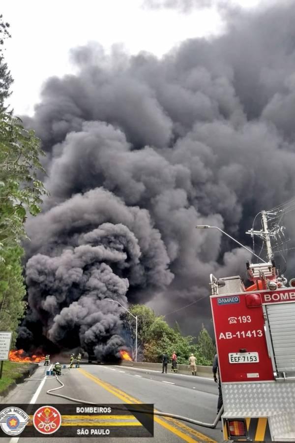 incêndio rodovia dos tamoios