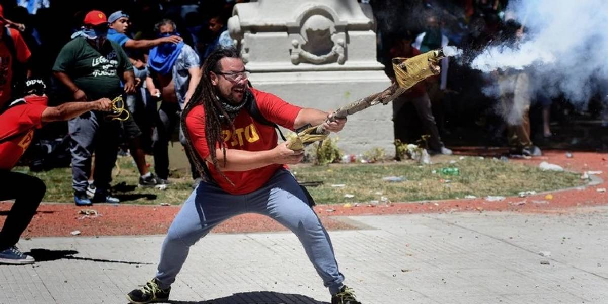 Reapareció el militante que disparó el mortero y pidió