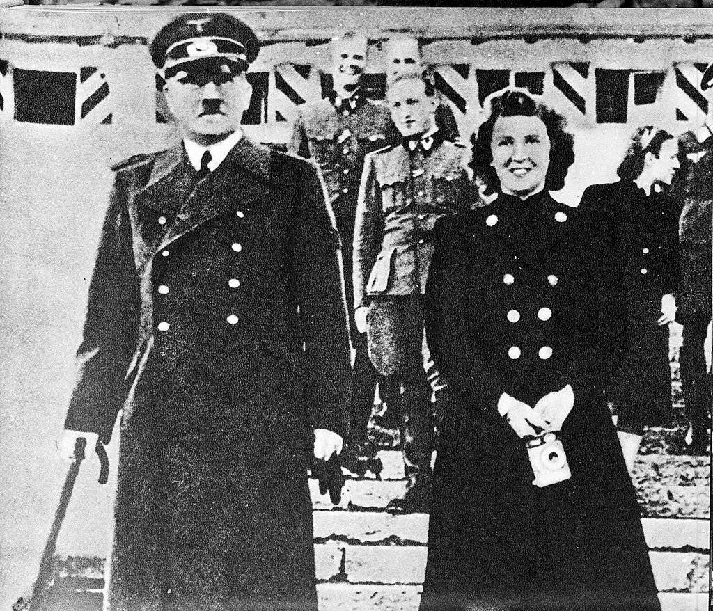 Adolfo Hitler y Eva Braun
